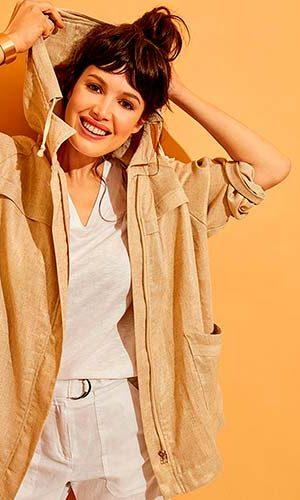 modelo con ropa mamyblue